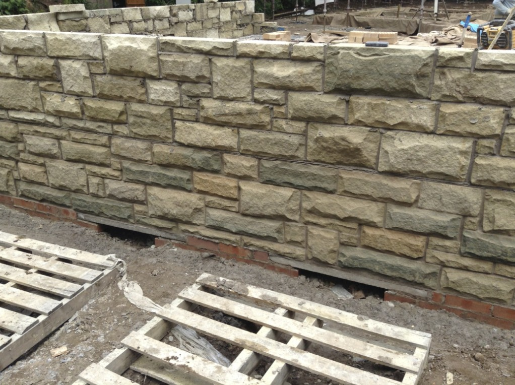 Stone facing for the Peerie Hoose plinth wall